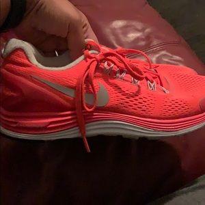 Nike Lunarglide 4's size 9.5